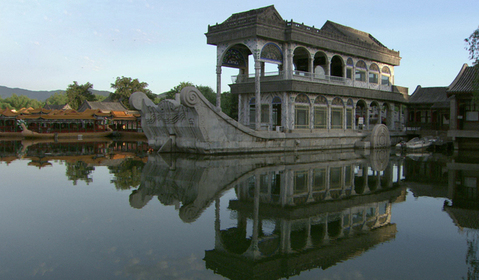 Beijing_summer_palace_marble_boat